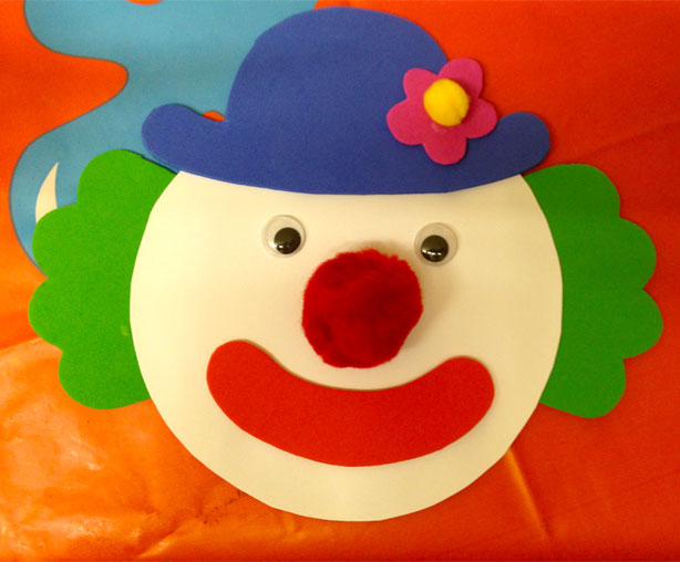 How To Make Clown Invitations