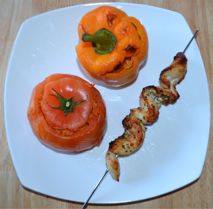 Chicken-Kebab-With-Stuffed-Peppers-&-Tomatoes
