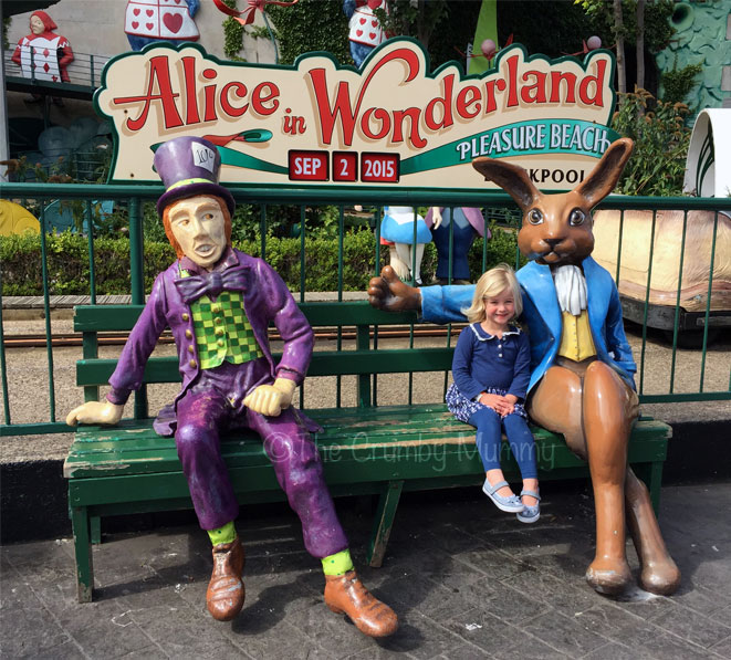 Alice-In-Wonderland-Blackpool-Pleasure-Beach