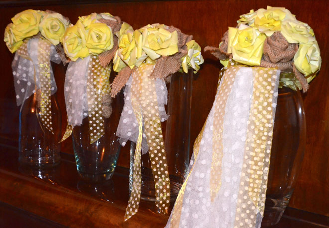 Beautiful-Handmade-Paper-&-Hessian-Wedding-Bouquets