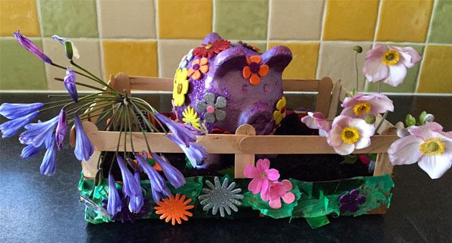 Craft-Activity-Piggy-Bank-In-Piggy-Sty